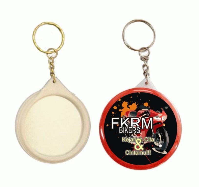contoh produksi gantungan kunci | Pesan Mug Promosi